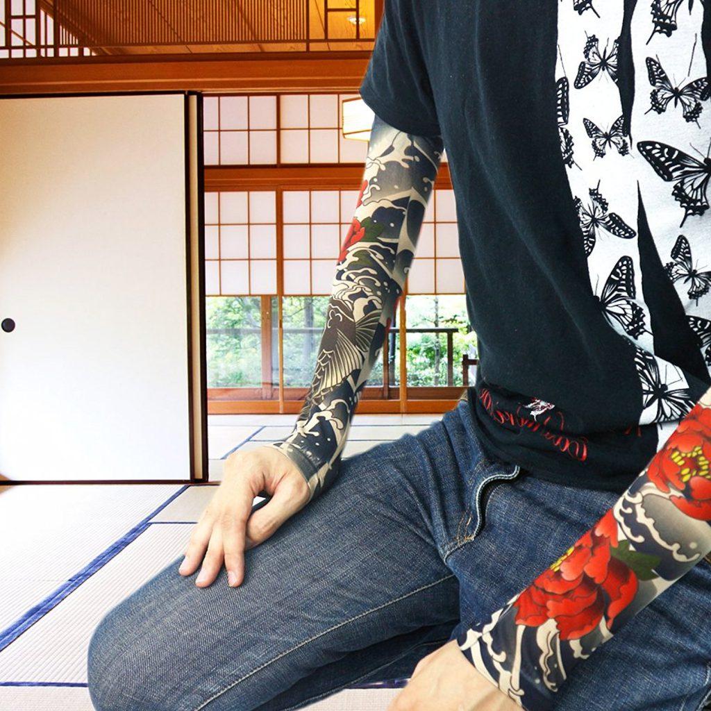 Amazon「MAJESTIC タトゥー 入れ墨 和柄 アームカバー スリーブ 日焼け防止 オシャレ ワイルド 刺青」